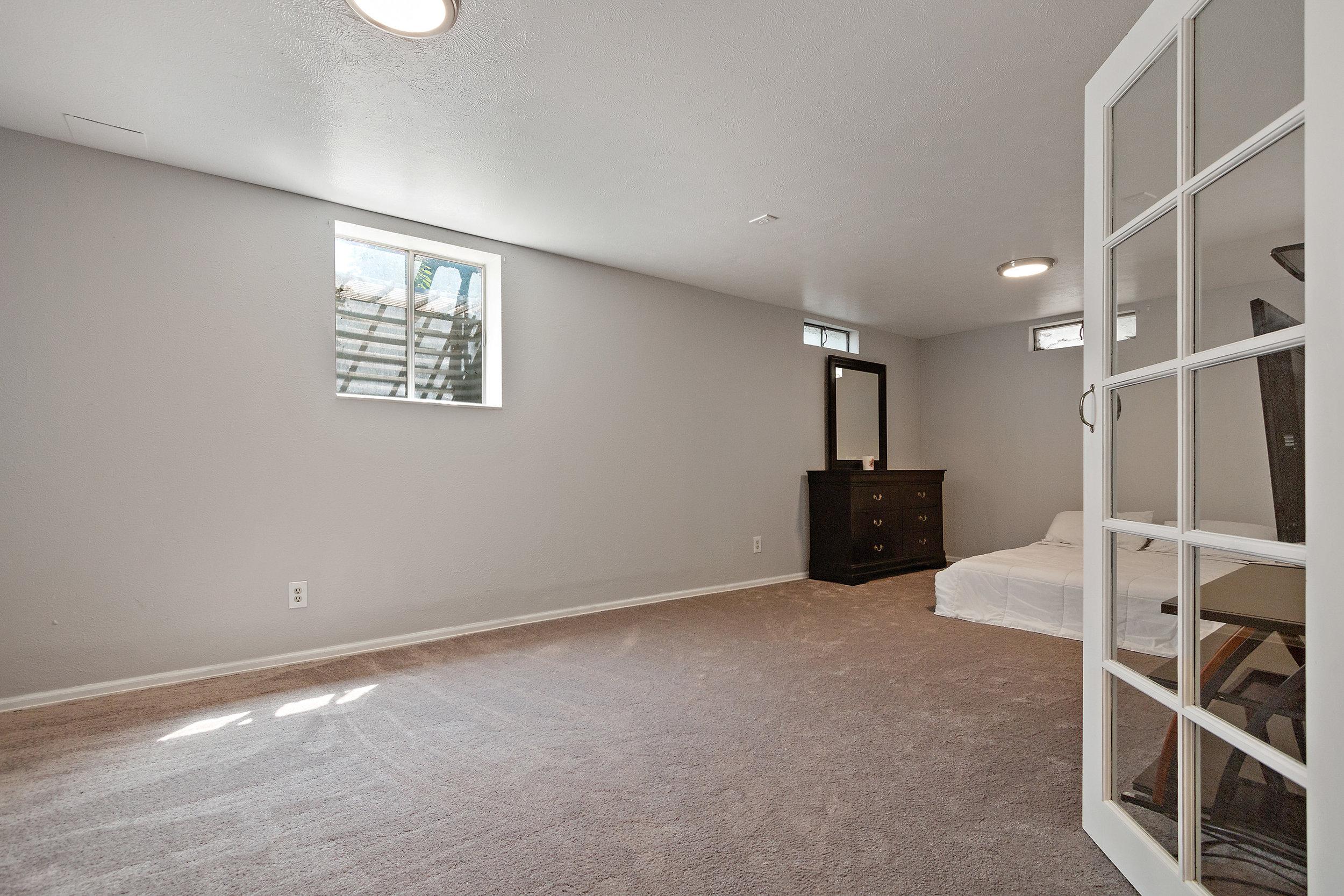 15-Lower Bedroom Flex Space .jpg
