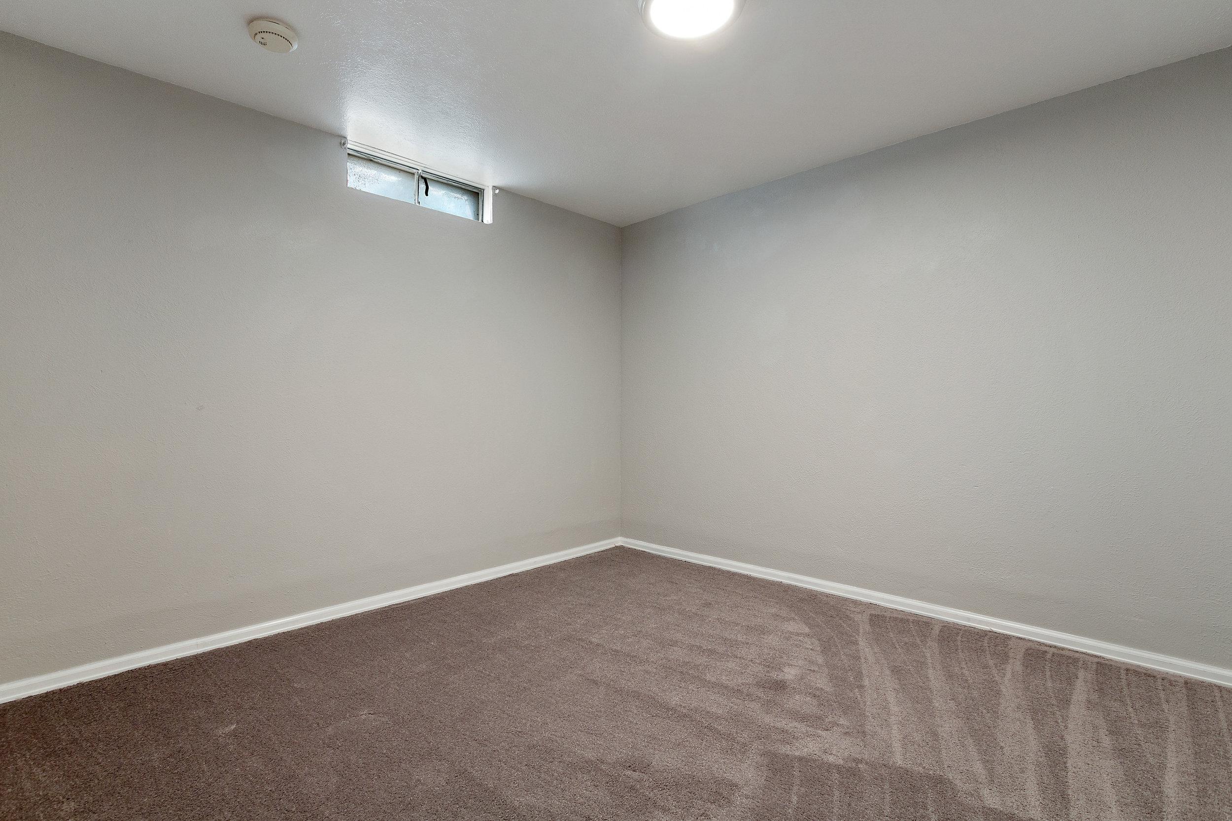 18-Bonus Room.jpg