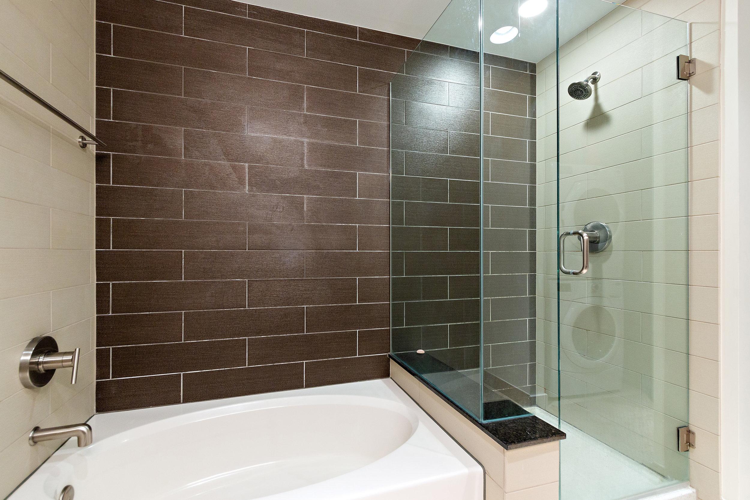 14 Spire 910 Master Bath and Shower.jpg
