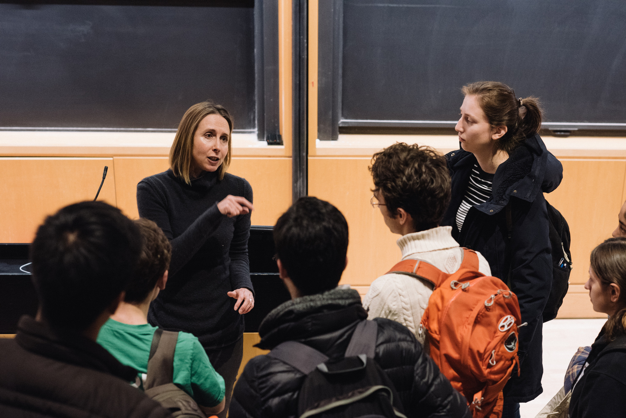 A visiting lecturer discussing technology and the environment with Princeton students.