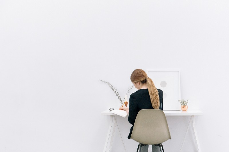 (This is what I could look like freelancing with a lot of white paint and a realistic weave. photo:  Bench )