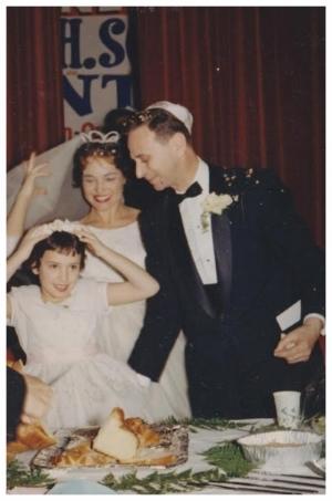 Wedding of Eva Grunstein and Andrew Kovary Andrews, with niece Linda Koevary, 1961