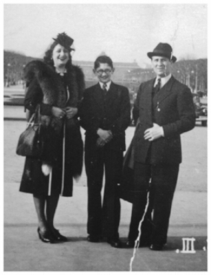 Paula & Julius Kantorowicz with son Jacques - 1941