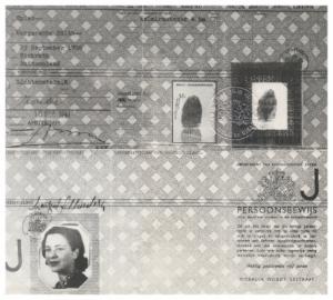 Margaret Lichenstern's Dutch ID card with designated letter 'J'