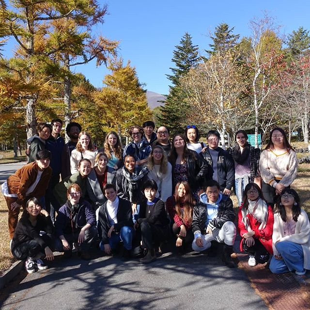 JS students enjoyed a fun retreat in Karuizawa this weekend. The leaves were beautiful and the weather was perfect! It was a great time for reflection, goal-setting, and group bonding.  #japanstudy1963 #japanstudy #studyinjapan #studyintokyo #tokyostudyabroad #japanstudyabroad #studyabroad #留学 #留学生 #留学生活 #日本留学 #東京留学 #軽井沢 #早稲田軽井沢セミナーハウス #軽井沢セミナーハウス #リトリート