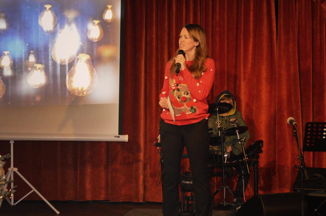 «Fortellingen om Gud som ble menneske»ved Ann-Christin.