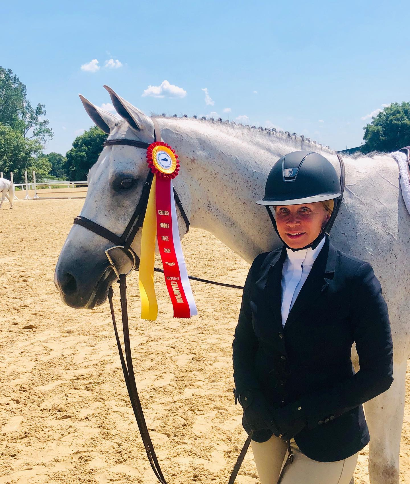 Big shoutout to Cindy Chaconas and Rockaway scoring an 87 and finishing Reserve in the Adult Hunters! So proud of your hard work and determination!