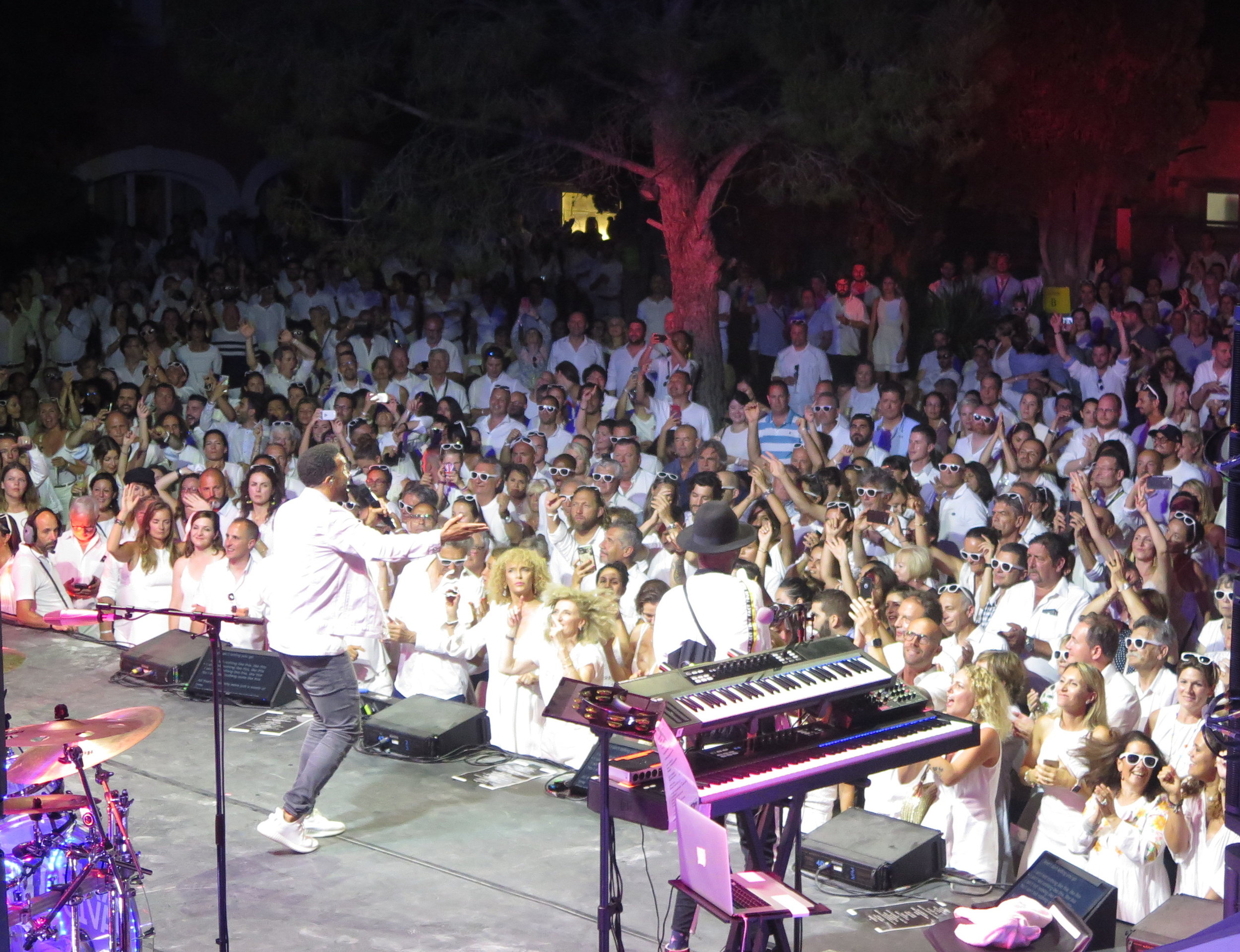 Craig David Concert and White Party. Photo by Selma Fonseca