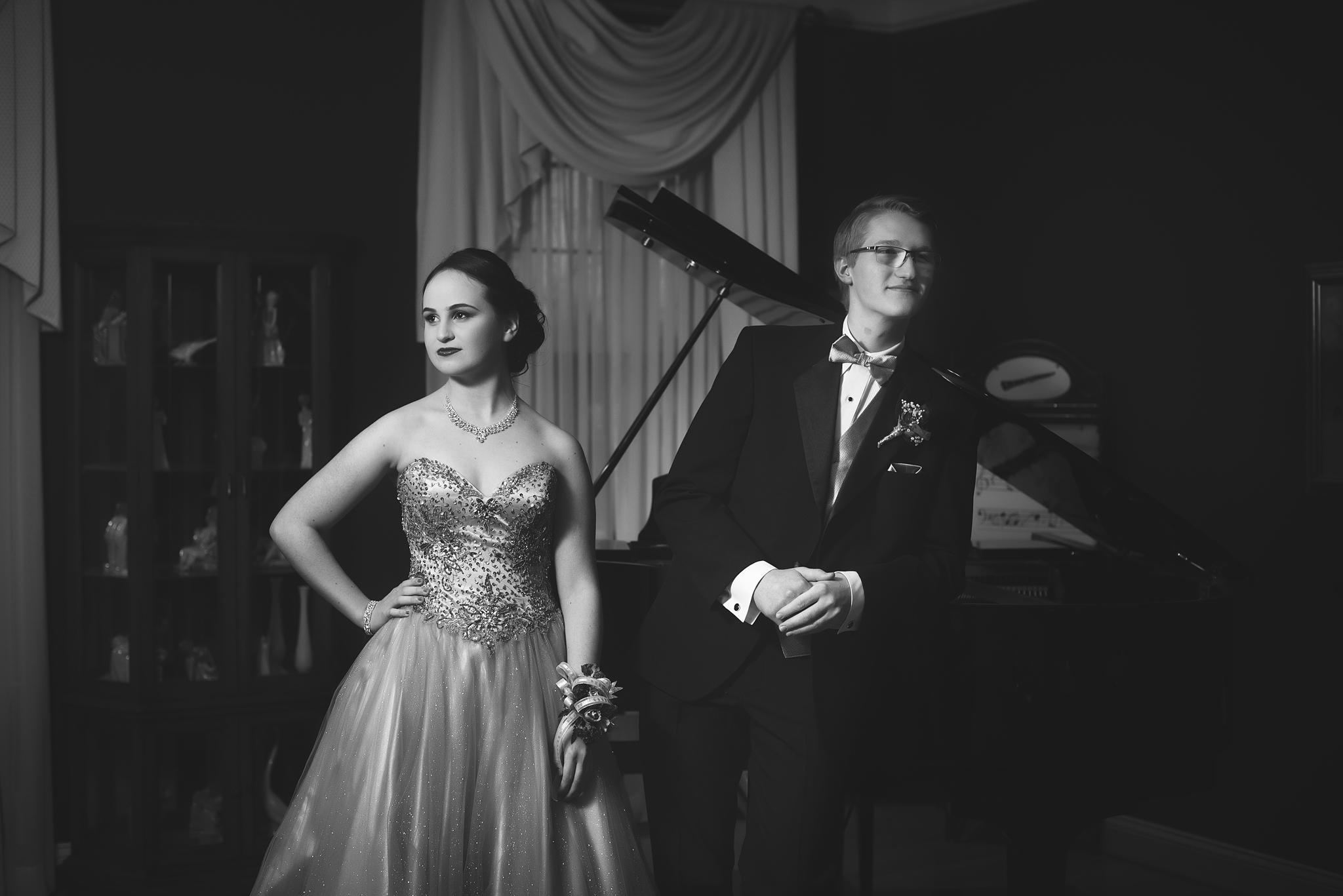 ©SLP - Becca + Aaron RV Jr Prom 2017 (45).jpg