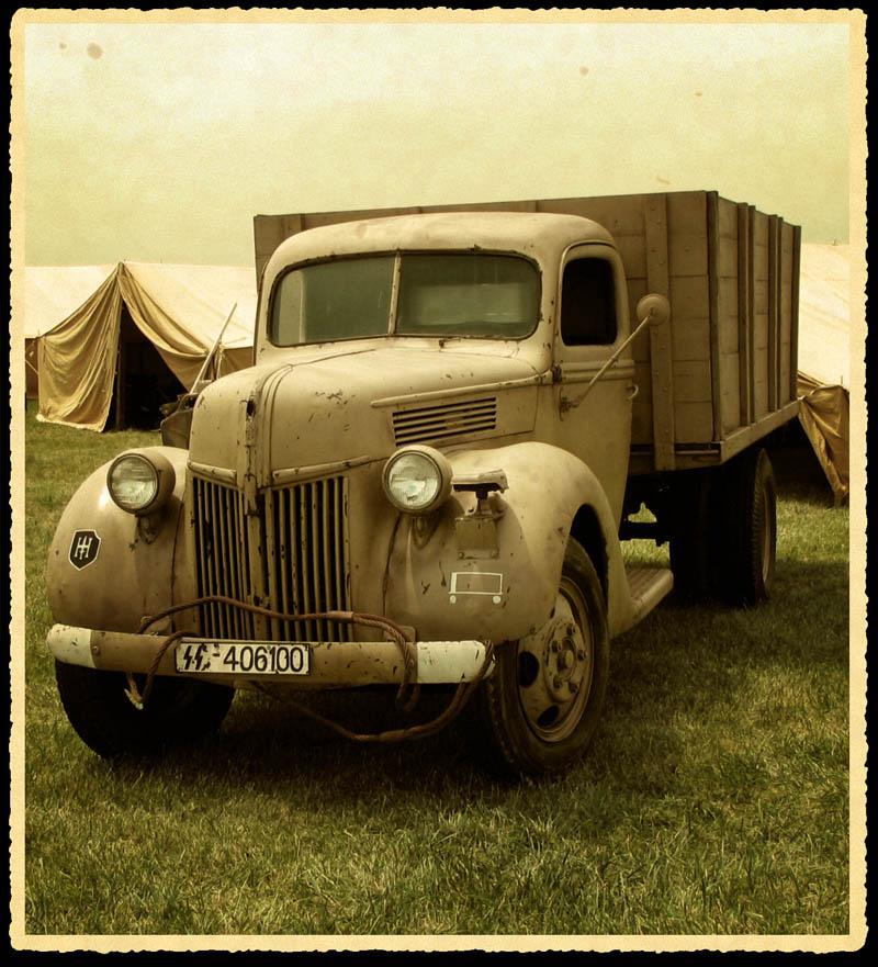 1941Ford2aged800.jpg