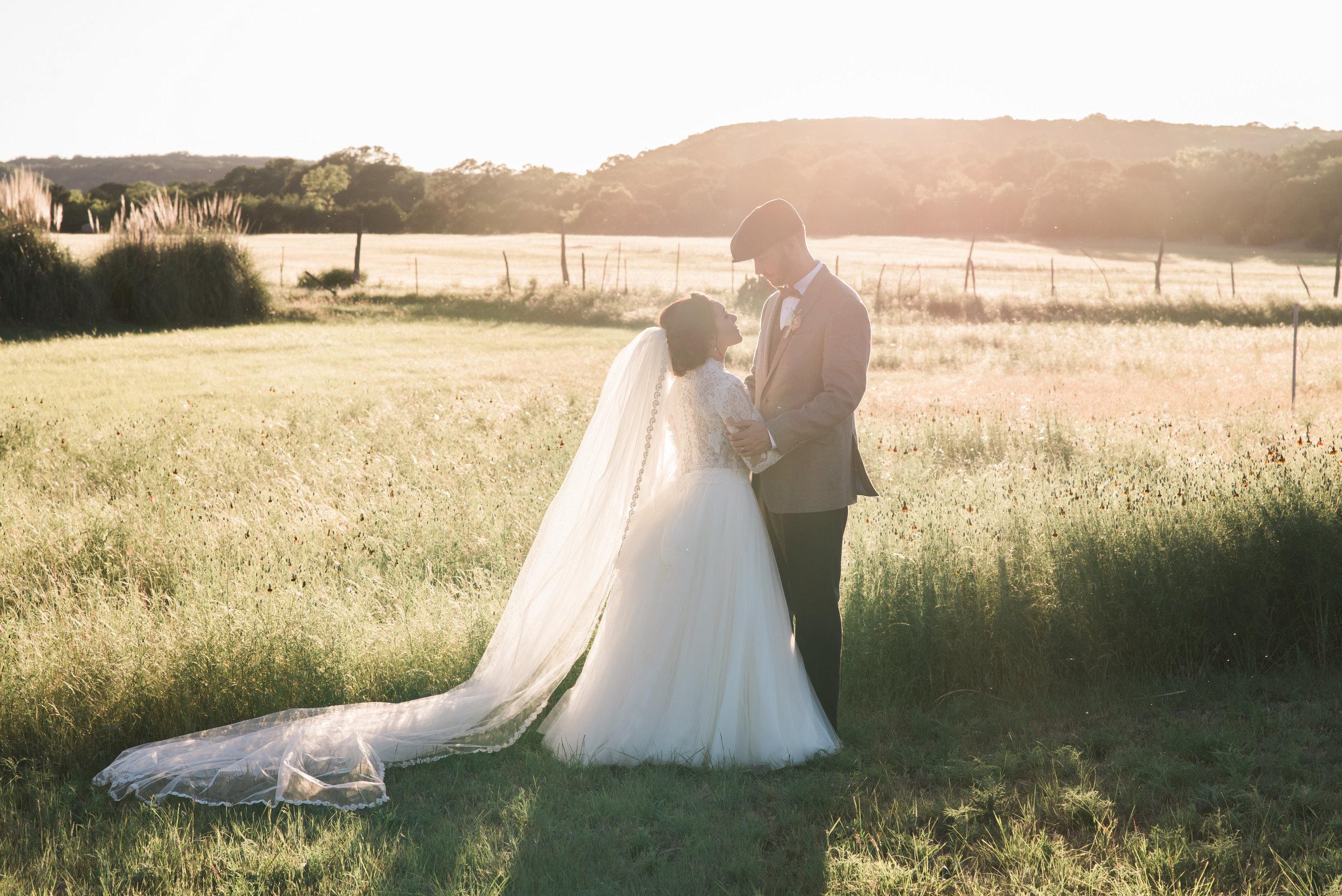 Mr Mrs Bertels-Bride Groom-0116.jpg