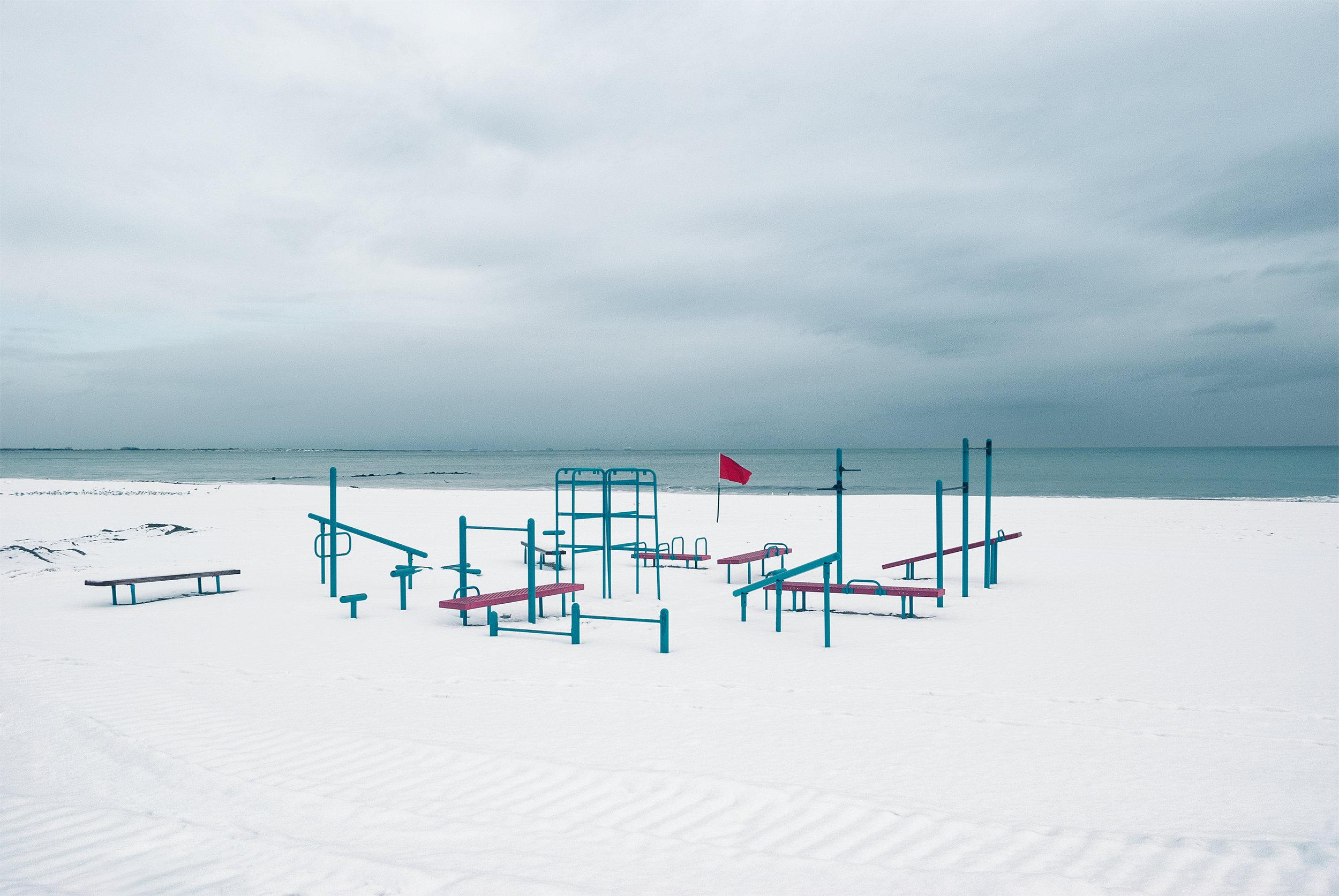"""Let's Play"". 2014 Coney Island   Photo Winner of the Photography Prize 2015  Centro de la Imagen Santo Domingo, Dominican Republic"