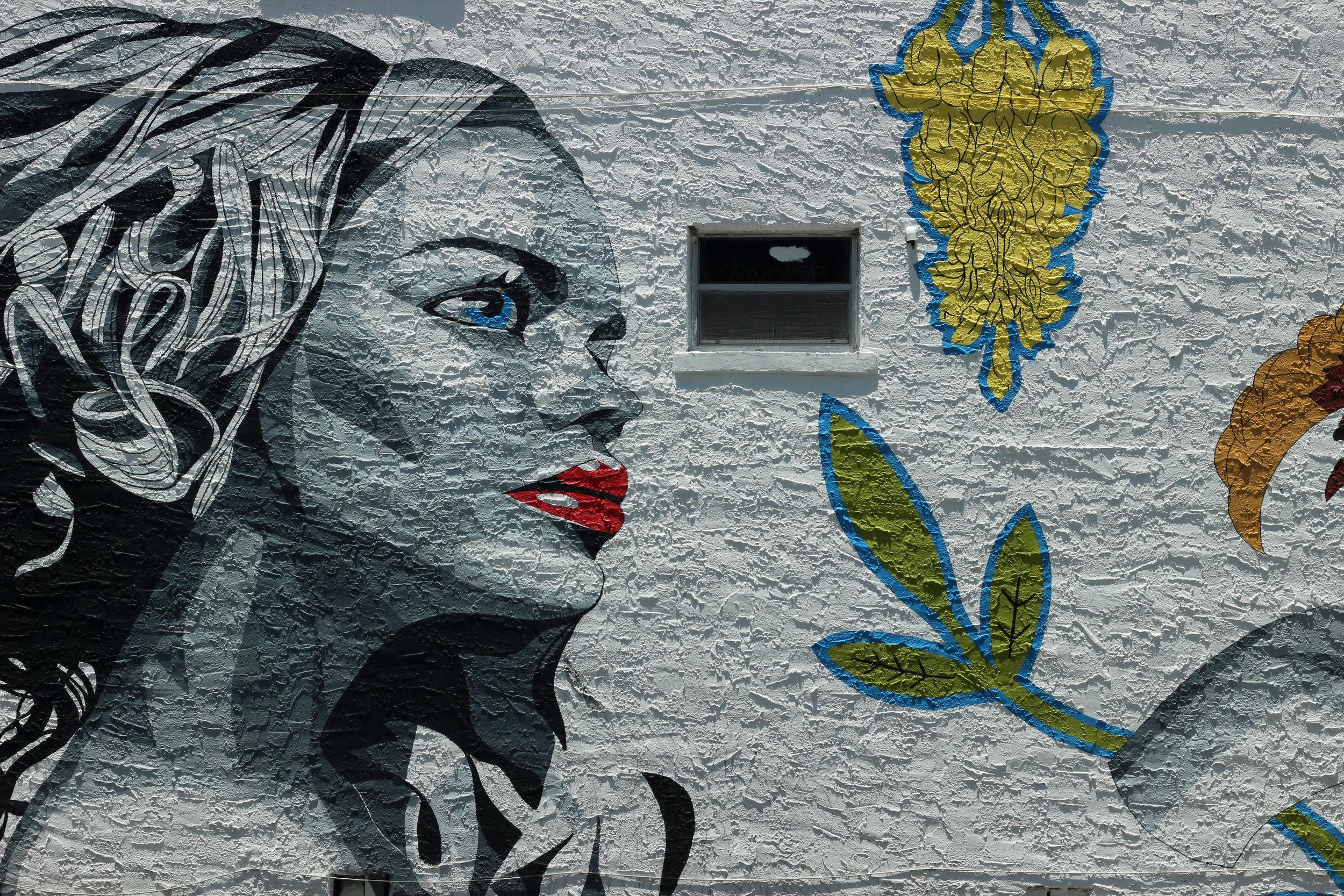 Higland Avenue on the side of Maxine's Salon (Artist Andrew Spear)