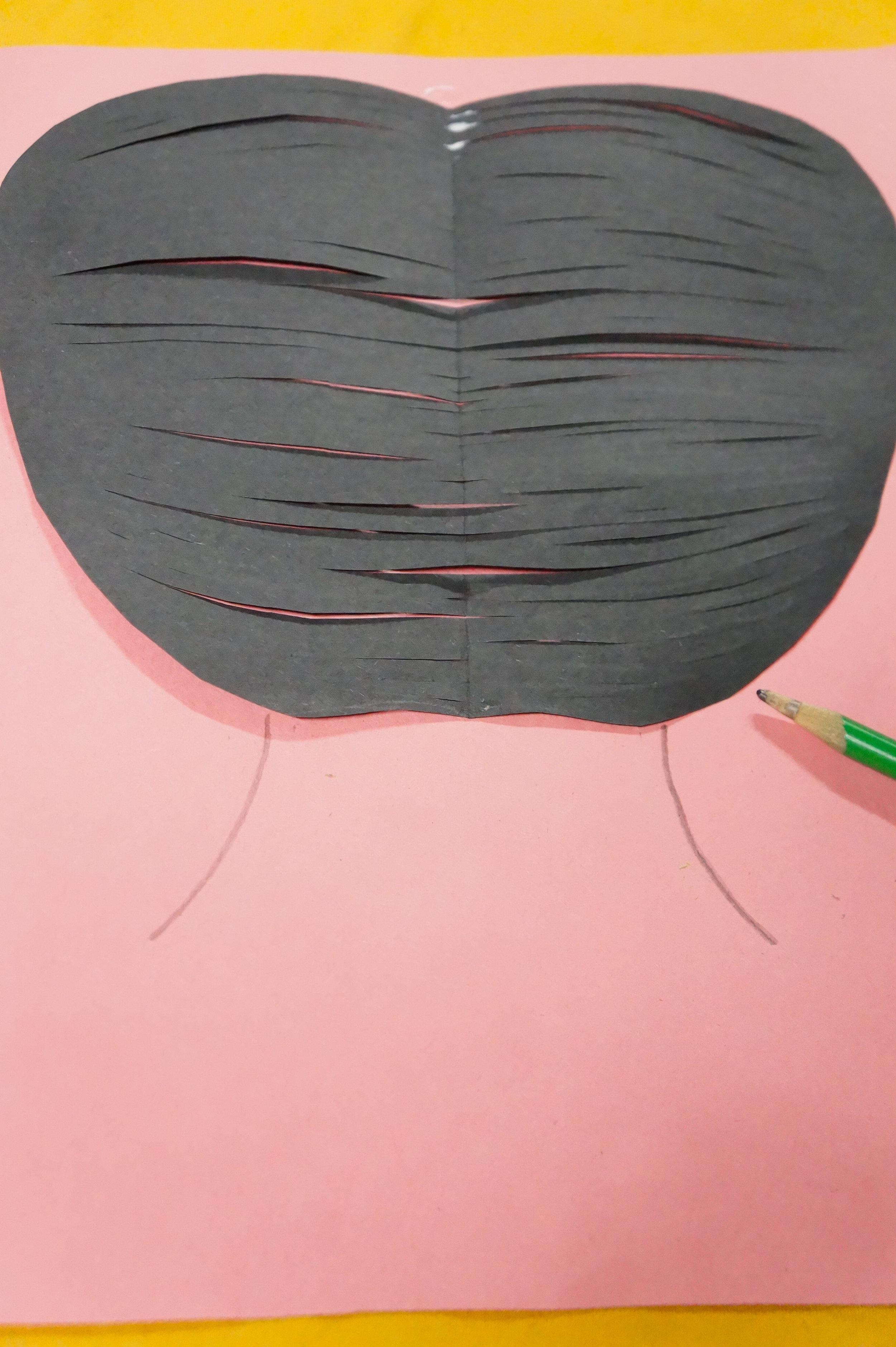 Cinco de Mayo Craft, Cinco de Mayo Braids, Cinco de Mayo Senorita, Senorita, Long Braids, DIY Paper Braids, Mexican Braids, 3D Craft, Crafted Braids, Braided Streamers, Streamer Craft