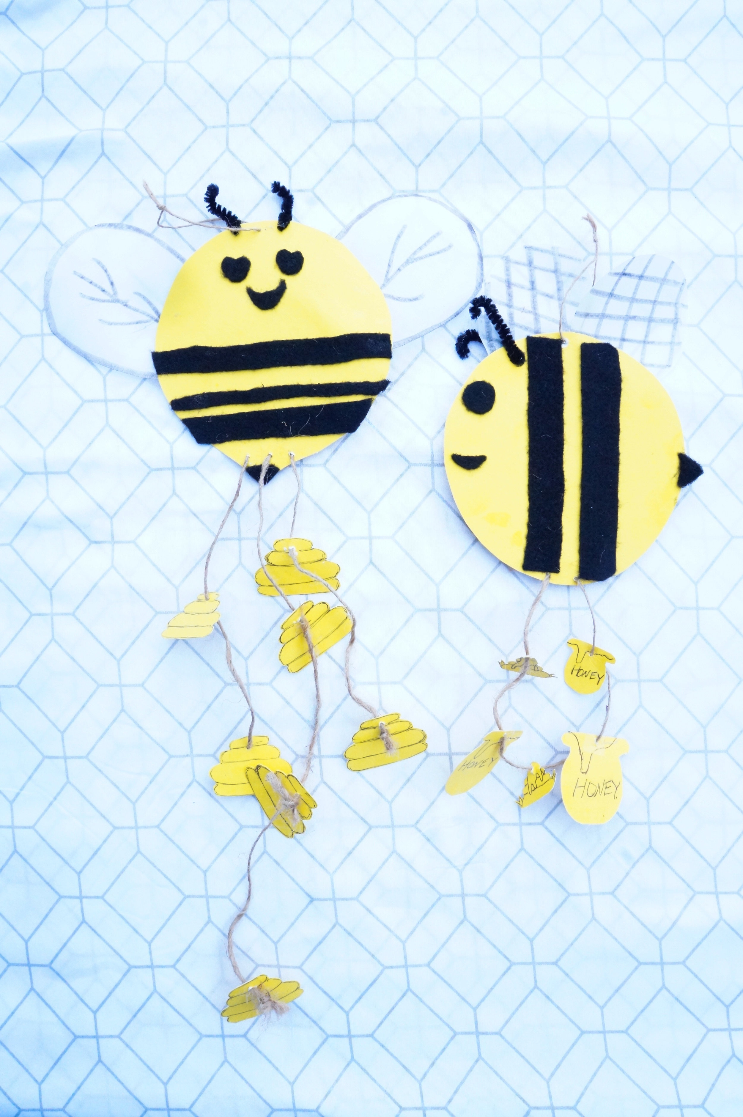 Emoji Bee Mobile