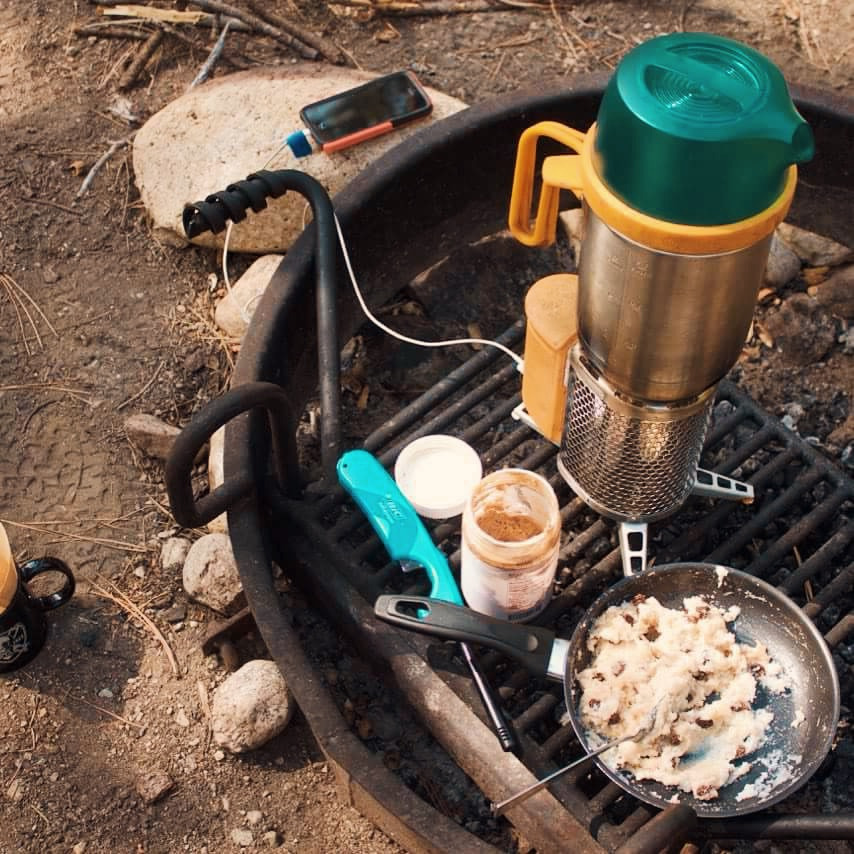 This clean energy stove uses sticks and twigs to cook.