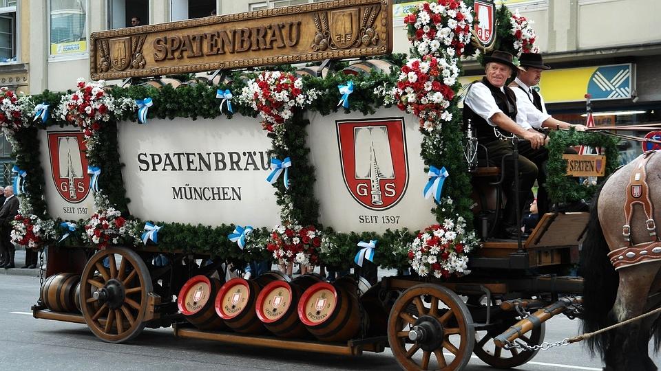 Make way, make way! Haus Spatenbrau coming through. Let the drinking commence.