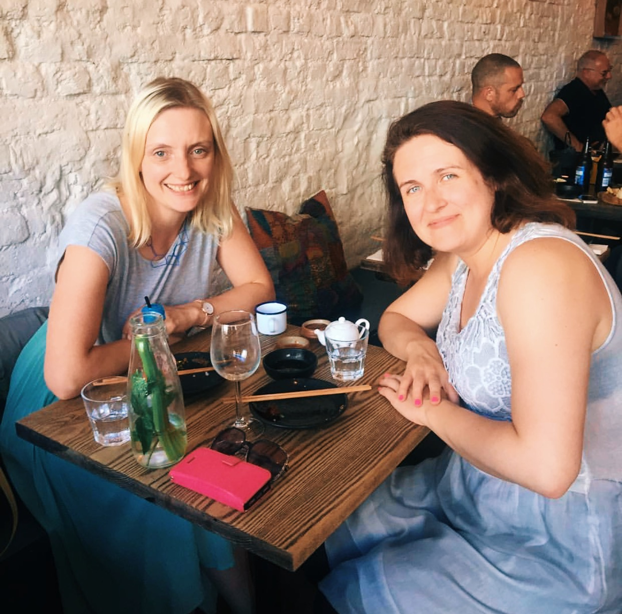 Gemma catching up with Orla Lehane, one of the contributors to  A Girl's Guide to Travelling Alone . Gemma shares more about Orla's Iran experience on the Postcard Academy podcast.