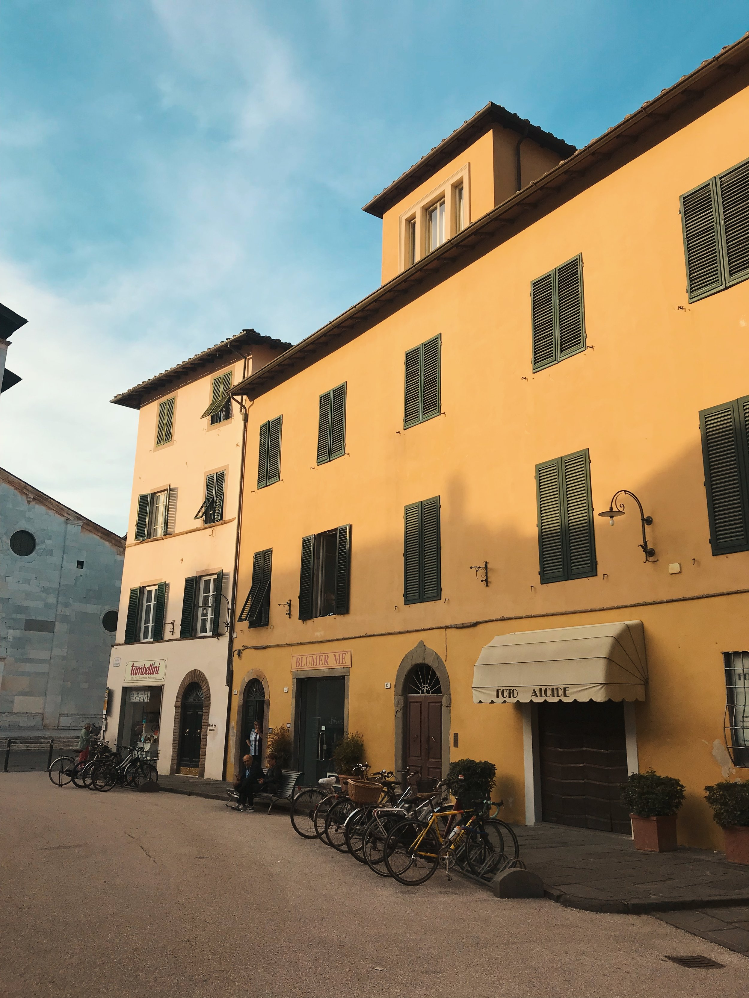 Piazza San Frediano is a lovely square where you can sit outside,  drink a coffee , and stare at this lovely color yellow.