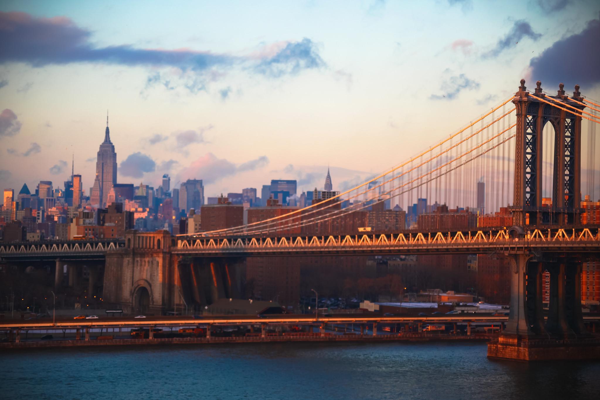 Manhattan Bridge.  Photo by Bradley Weber .