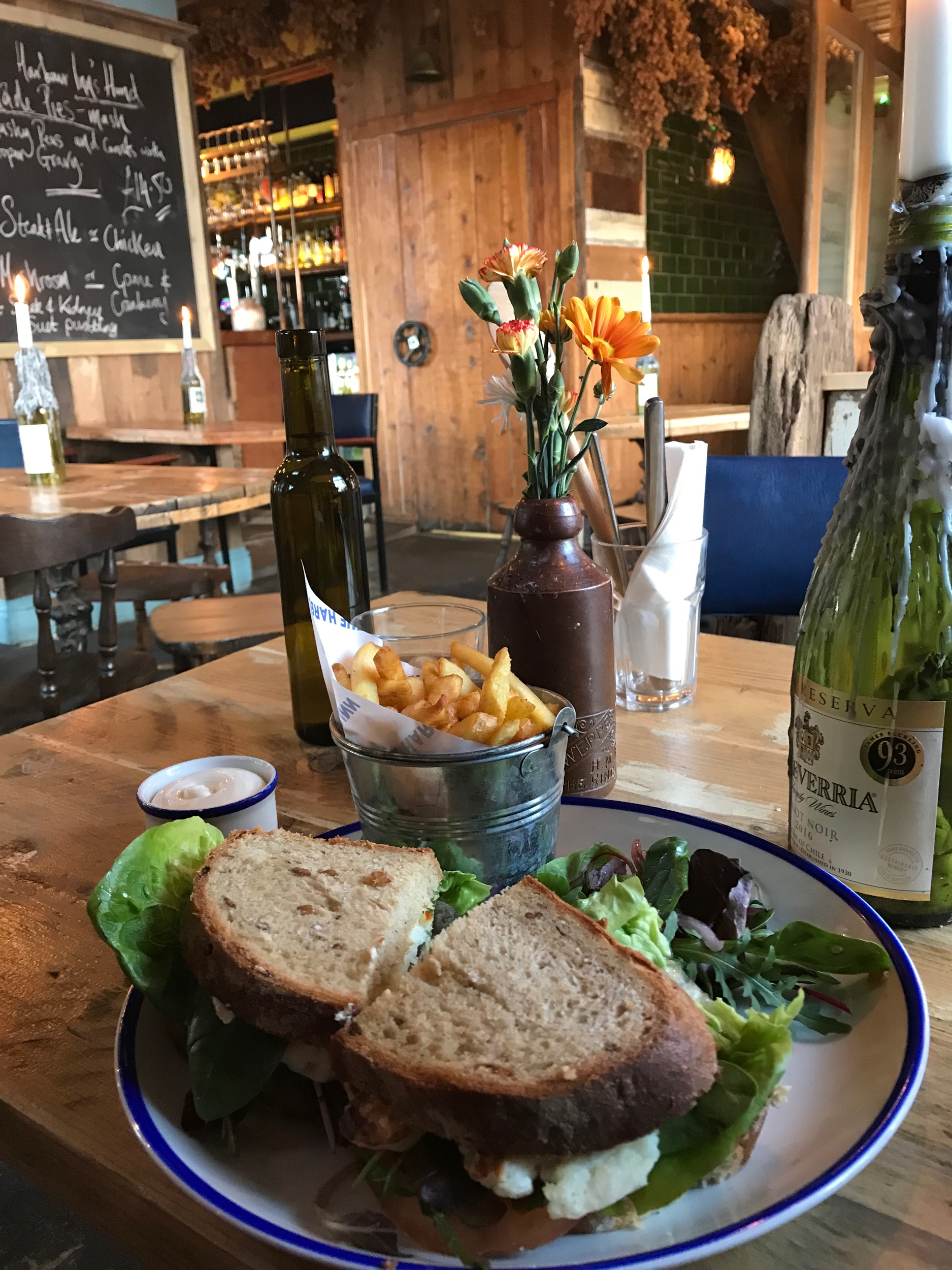 The Harbour Inn . A cozy pub under the same ownership as Luben's, The Pullman, and a few other Folkestone establishments. Like most pubs in Folkestone, you'll find a veggie option for Sunday roast.