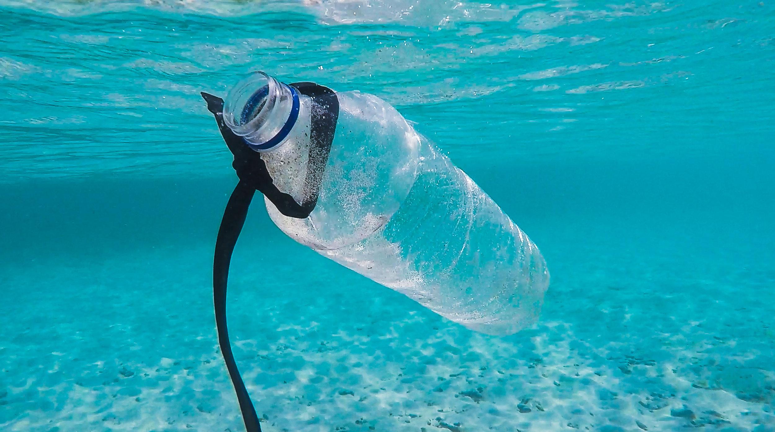 Du hilfst! - Pro Jahr gelangen etwa 8 Millionen Tonnen Plastik in die Ozeane…