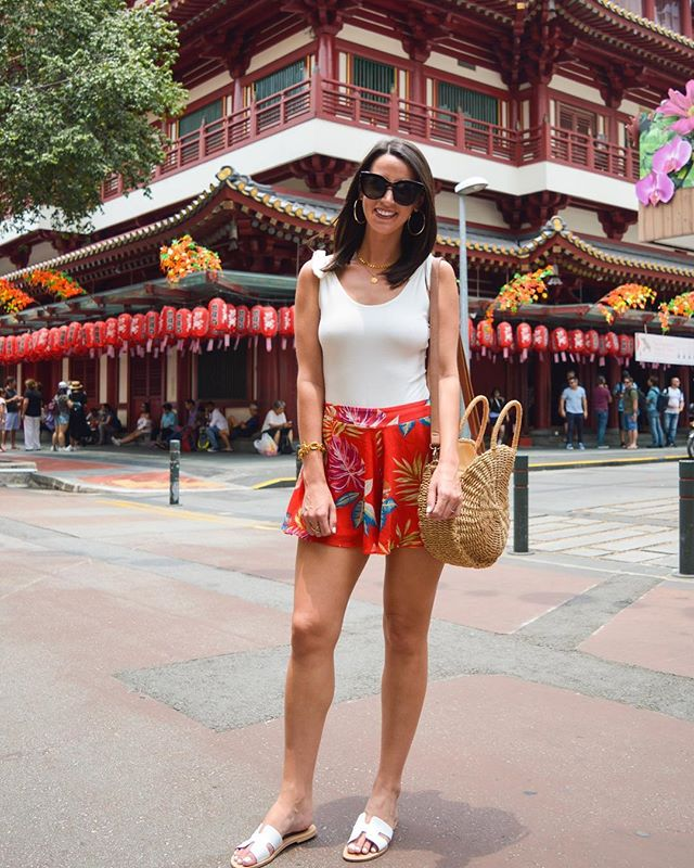 Found the most delicious soup dumplings 🥟 in Singapore's Chinatown!! I'm a happy girl!! 🙌🏻 shop my tropical print shorts via the @liketoknow.it app! http://liketk.it/2xme9 #liketkit #LTKitbag #LTKsalealert #LTKshoecrush #LTKstyletip #LTKunder50 #LTKunder100 - - - #singapore #thialand #phuket #krabi #travelblog #travelblogger #travelphotography #beautifuldestinations #beachvibes #goodvibes #instatravel #letsgosomewhere #visitthialand #waterlust