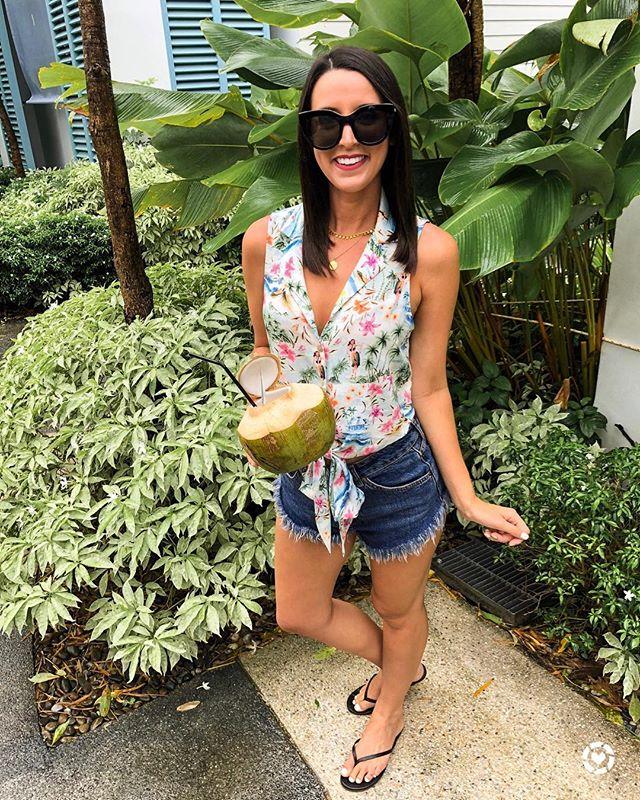 🌴ropical vibes!! Shop my @showmeyourmumu top and accessories 🥥 not included!! @liketoknow.it http://liketk.it/2xo1G #liketkit #LTKsalealert #LTKshoecrush #LTKstyletip #LTKswim #LTKunder50 #LTKunder100 - #singapore #thialand #phuket #krabi #travelblog #travelblogger #travelphotography #beautifuldestinations #beachvibes #goodvibes #instatravel #letsgosomewhere #visitthialand #waterlust #lookoftheday #wiw #whatiwore #showmeyourmumu #capekudu