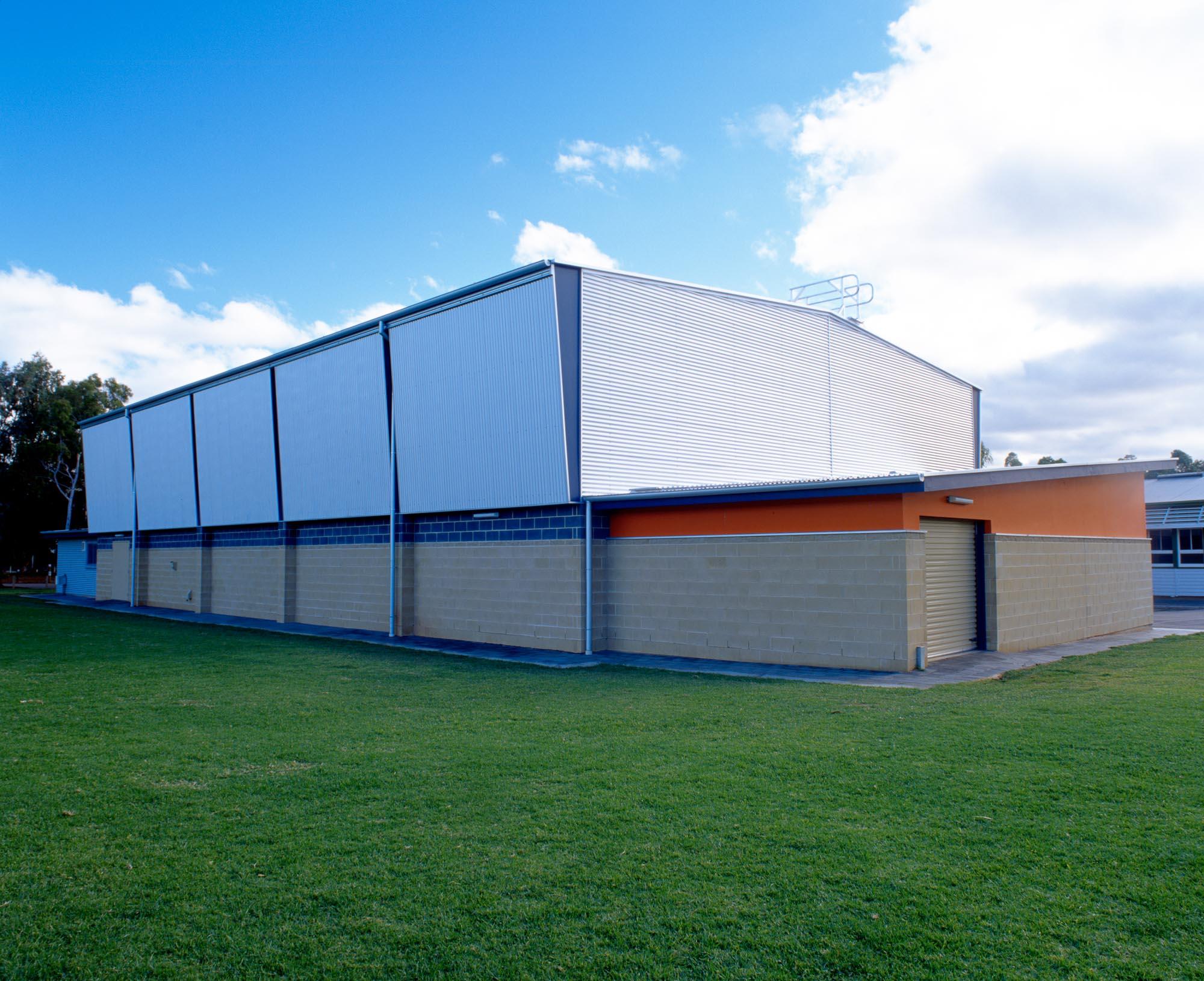 2000 - Salisbury Heights Primary School Hall