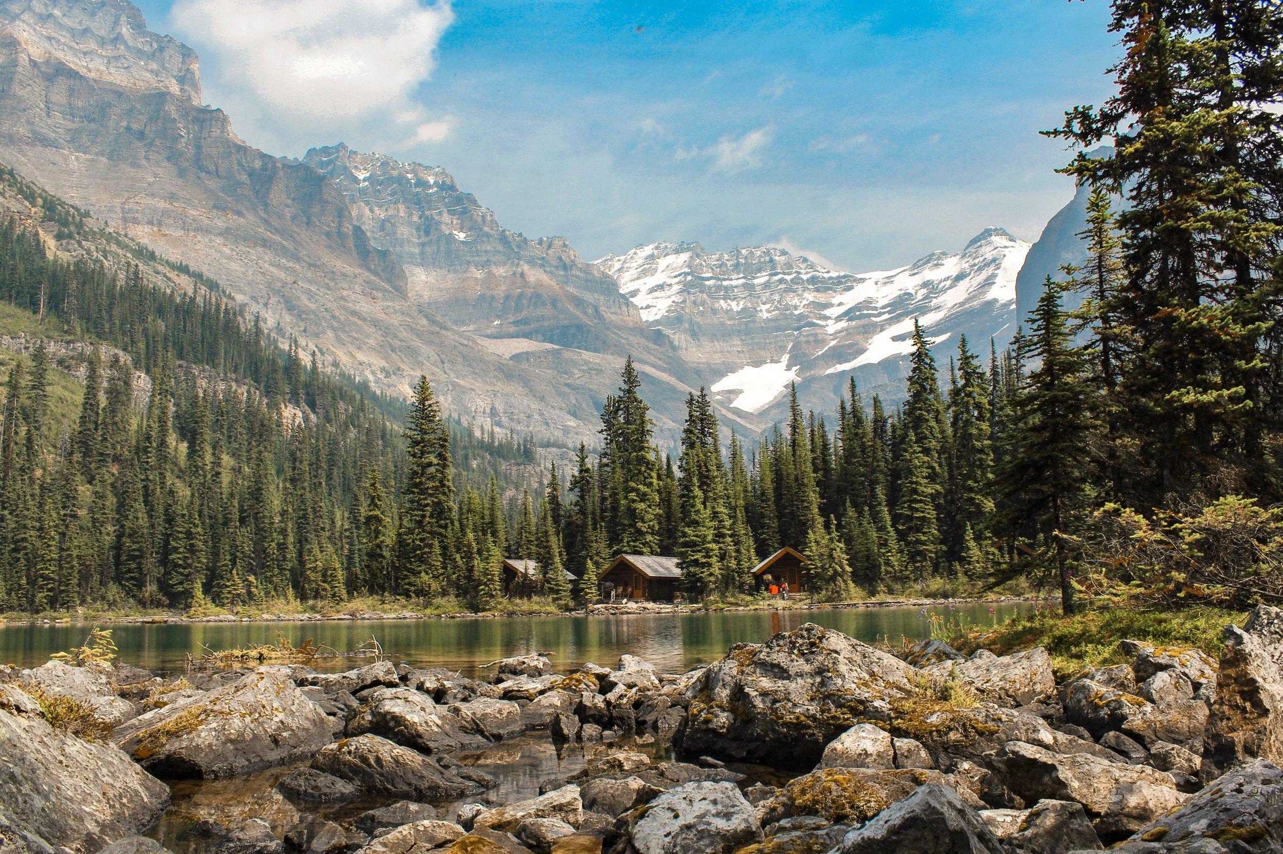 Lake O'Hara lodge cabins