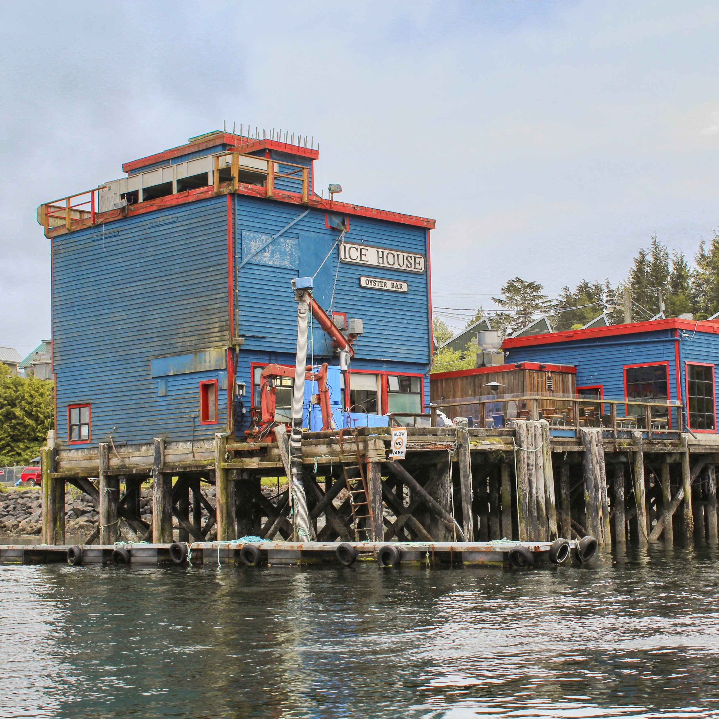 Ice House Oyster Bar in Tofino town