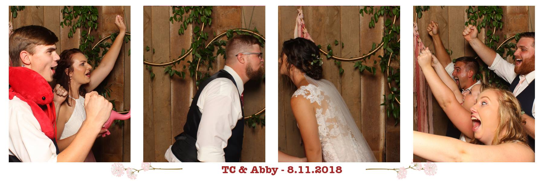 red august barn waynesboro wedding photo booth - boxy booth photo booth company weddings events staunton charlottesville harrisonburg lexington crozet