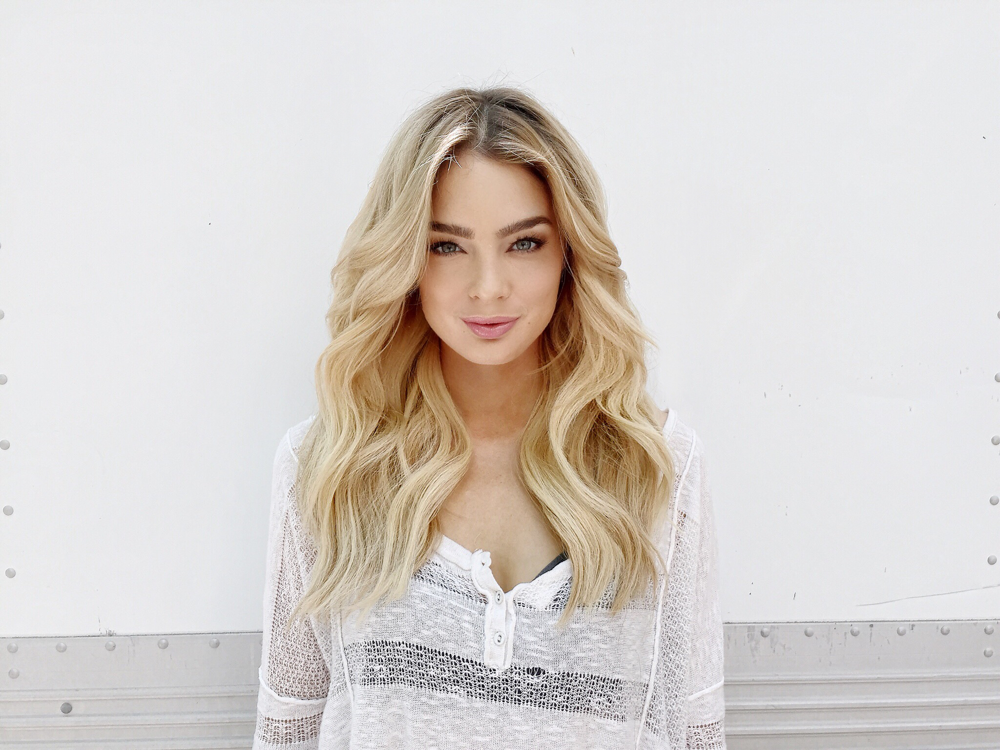 Clip-In Extensions gave this fine, shoulder length hair length and fullness.
