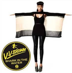 VV_Brown_Shark_in_the_Water_single.jpg