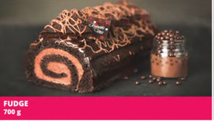 Pâte chocolatée garnie d'une mousseline au chocolat, recouverte de notre fameux fudge maison et de morceaux de brownies au chocolat noir 52%.  Allergènes: Blé (gluten), sulfites, lait soya, oeuf. Peut contenir des noix et/ou des arachides.