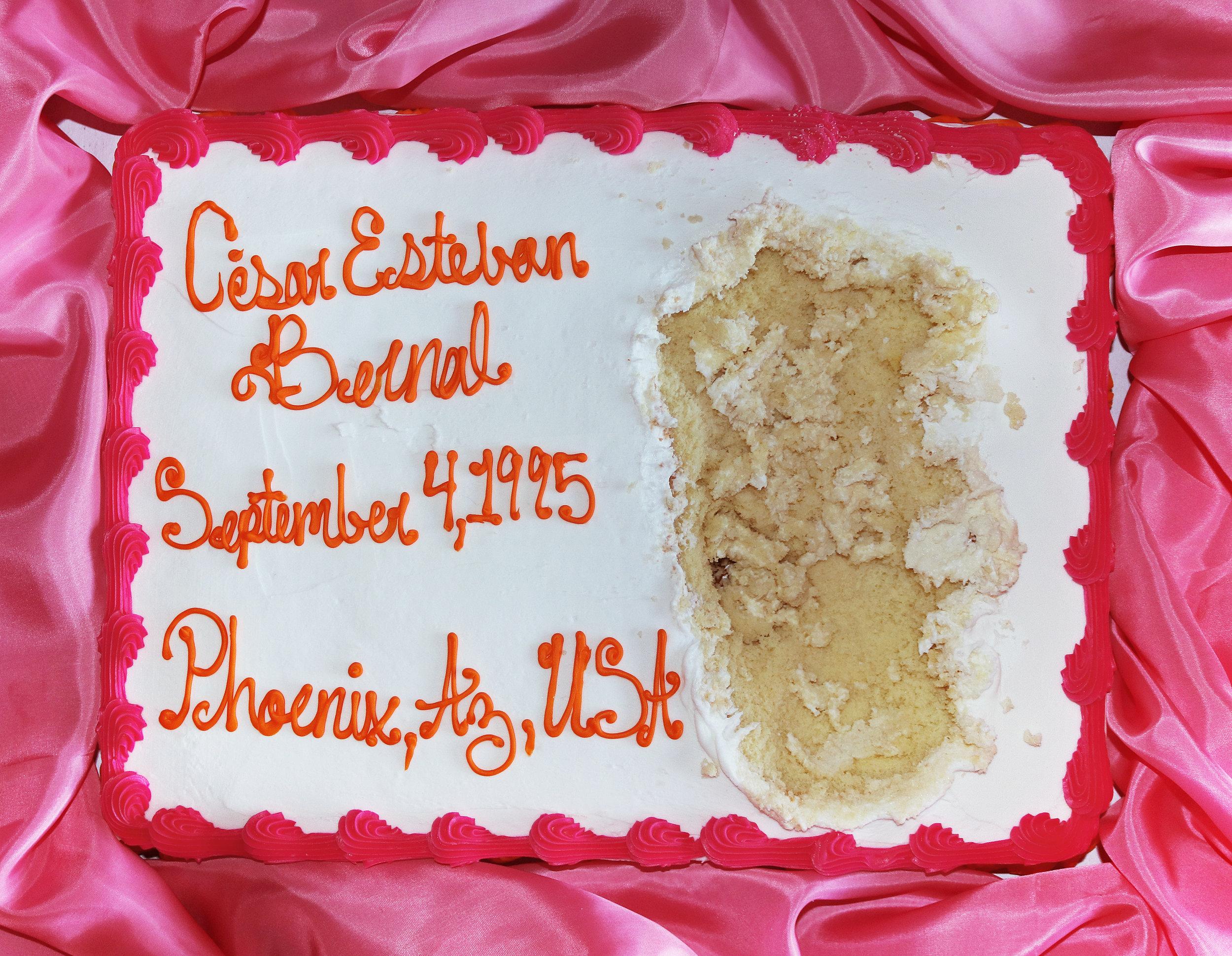 Identificación   buttercream frosting on cake