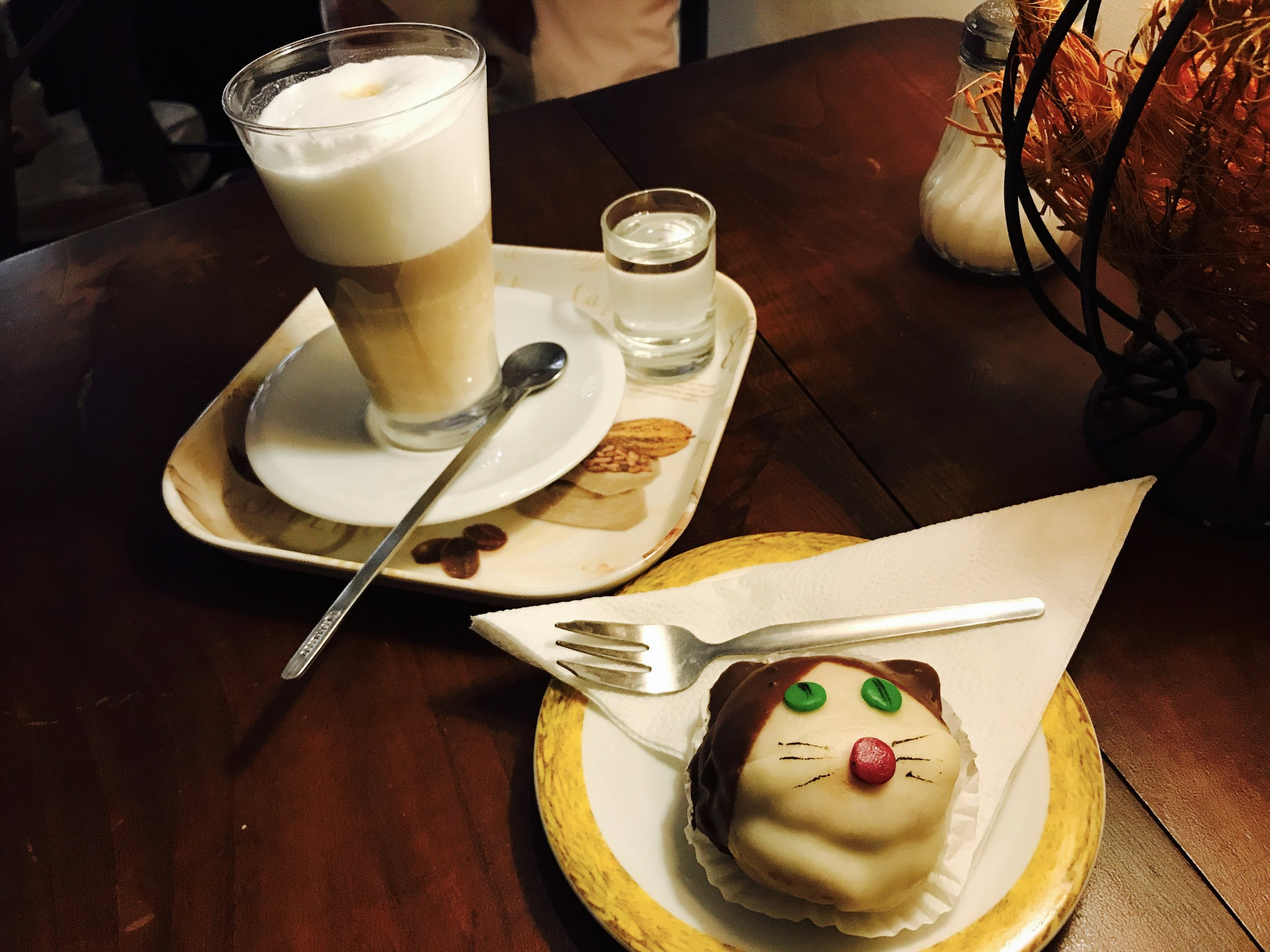 Delicious coffee, tea and cakes are available