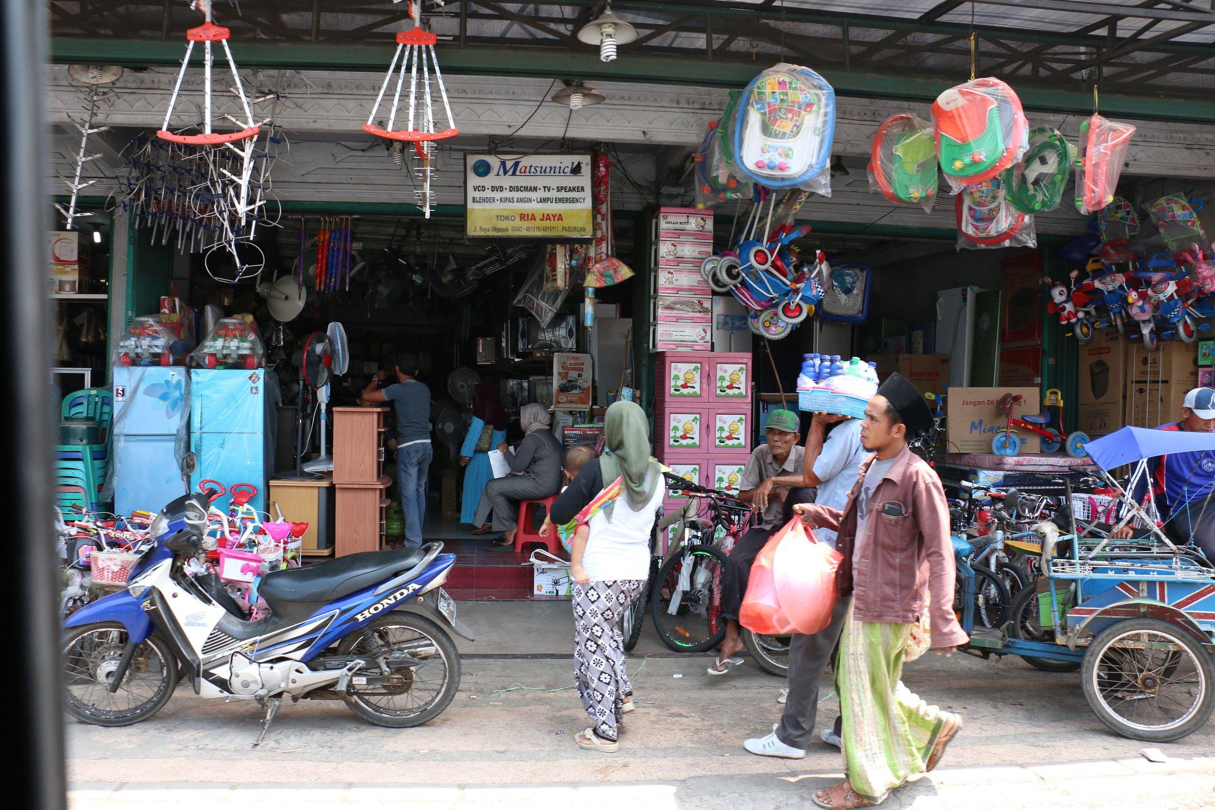 Shop front in Probolingo