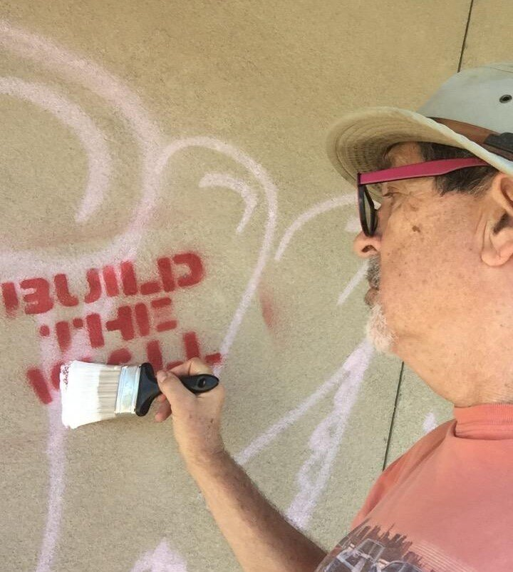 NSNT Volunteer covers up hate messages in Tulsa, OK