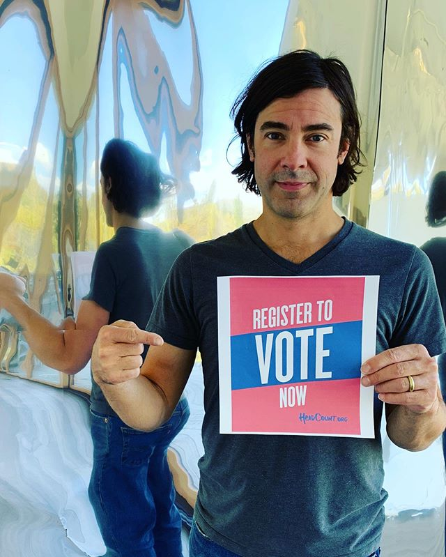 Today's #NationalVoterRegistrationDay so please, REGISTER TO VOTE! Visit HeadCount.org or text VOTER to 40649 to get started. @headcountorg