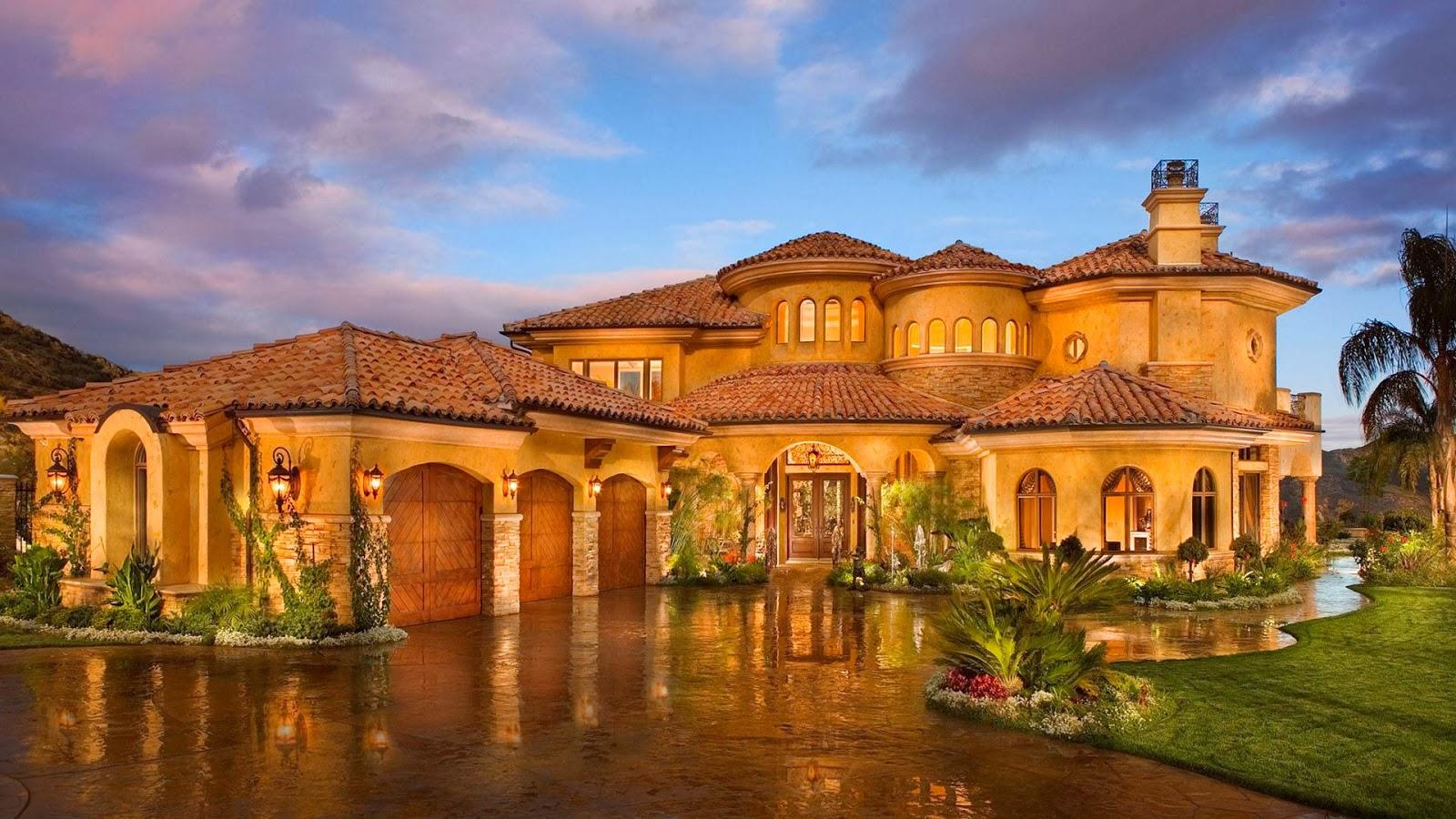 Mediterranean_house_front_yard_lights.jpg