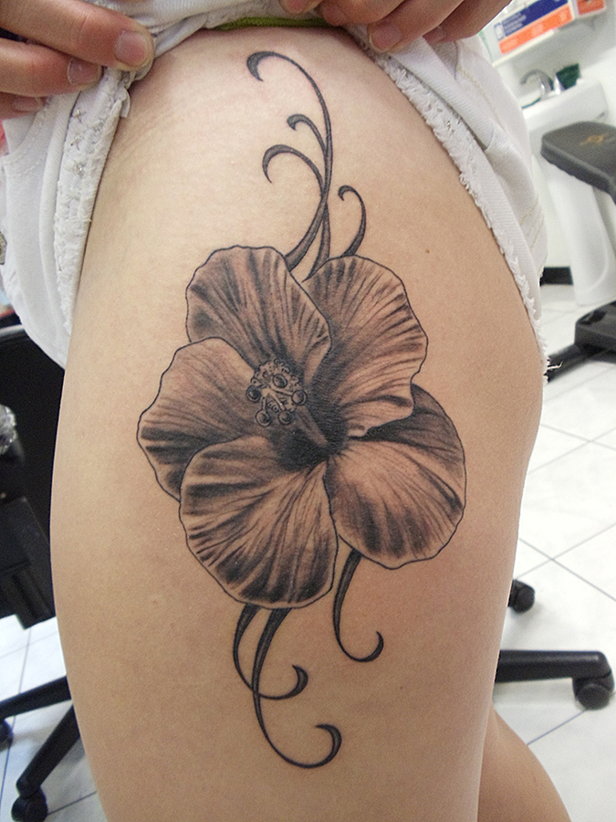 Mike H Tattoo 40 Copy.jpg