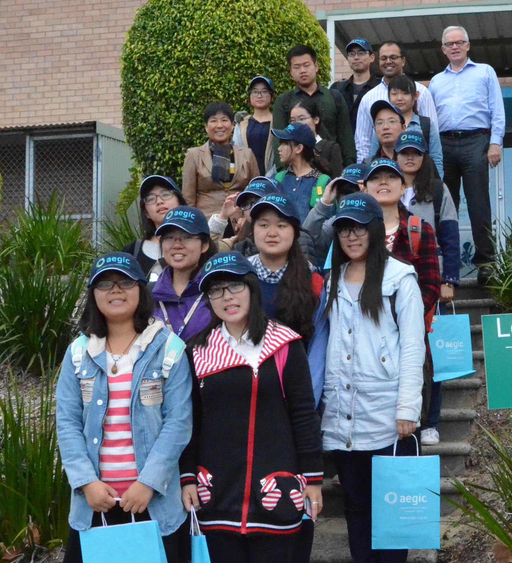 150814 Murdoch Chinese visit Group cropped.jpg