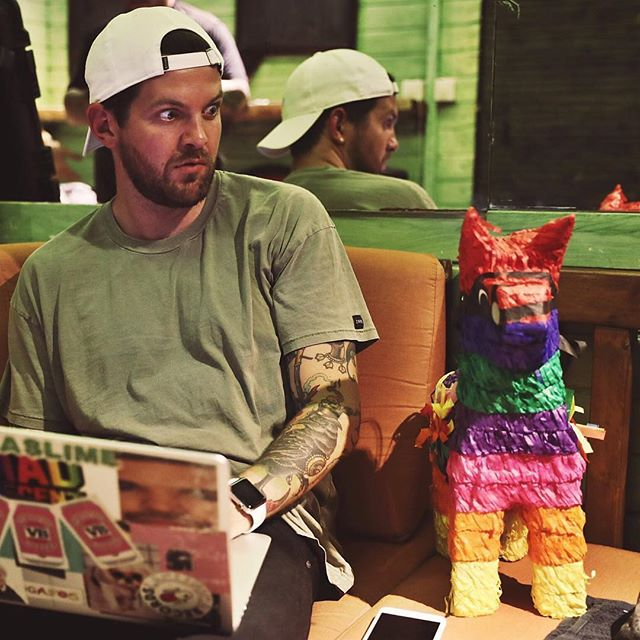 Has it been awhile since you've found a weekend anthem? Don't worry, Gerald has got your back 🐴 and so has Dillon Francis, his new track is certified #🔥🔥 - Follow us on Spotify! ⚡️ Hello There by @dillonfrancis