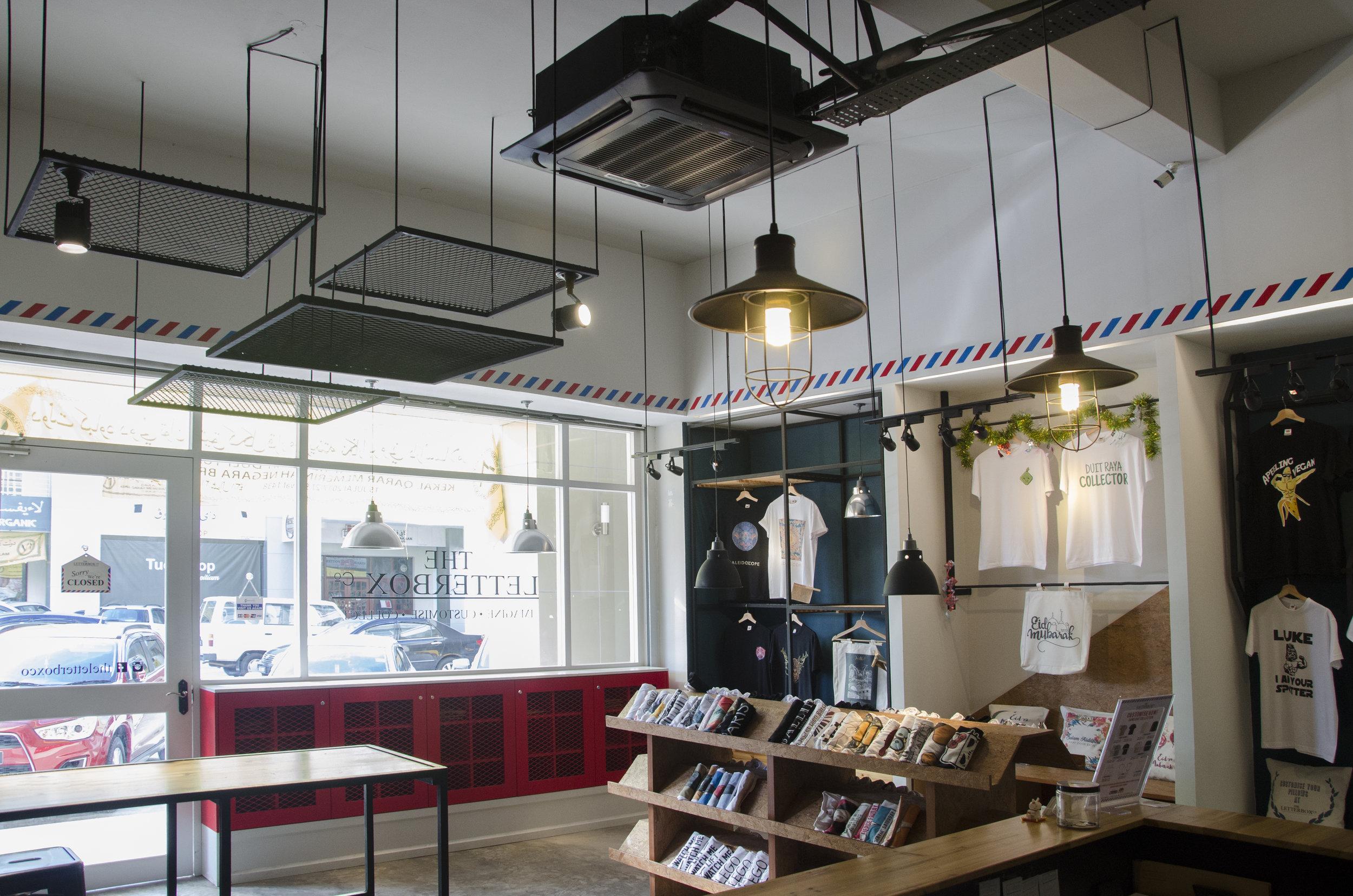 LETTERBOX CO.   Retail
