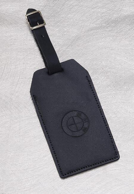 Full-grain leather luggage tag   22-5920