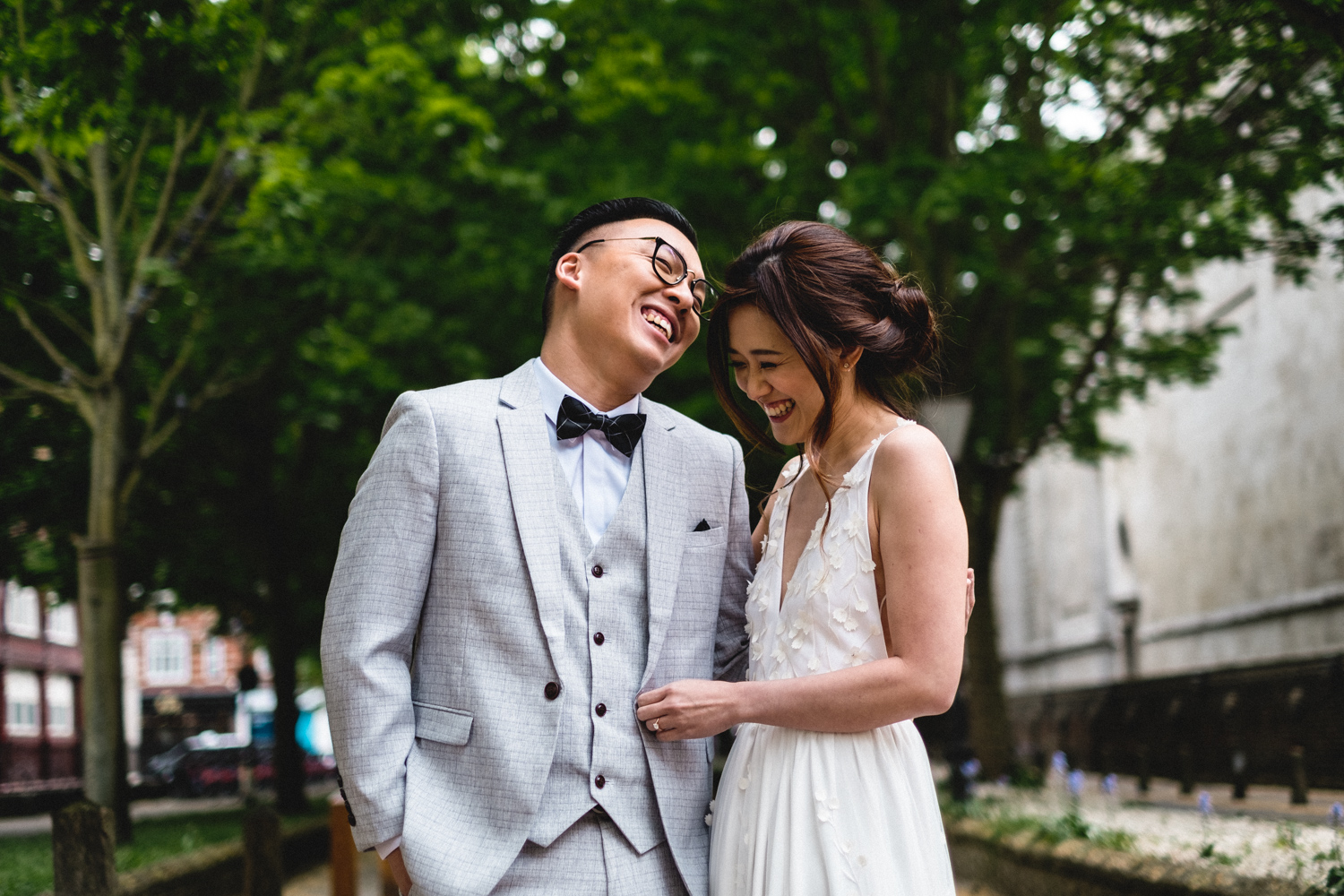 London Pre-wedding Photos - Holy Trinity Brompton