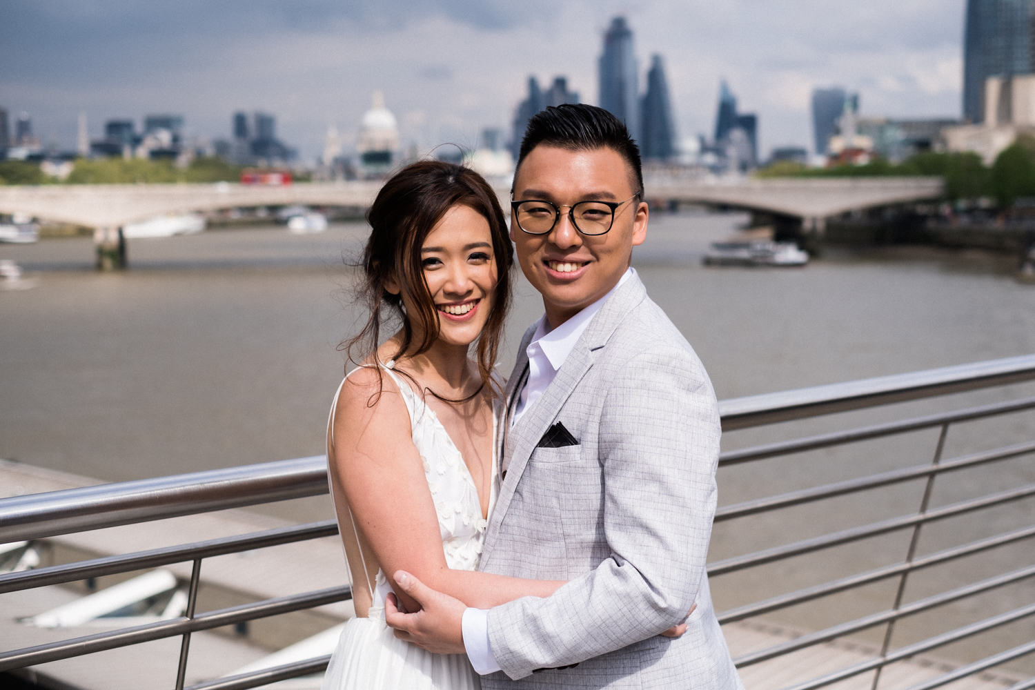 London pre-wedding photos - London skyline