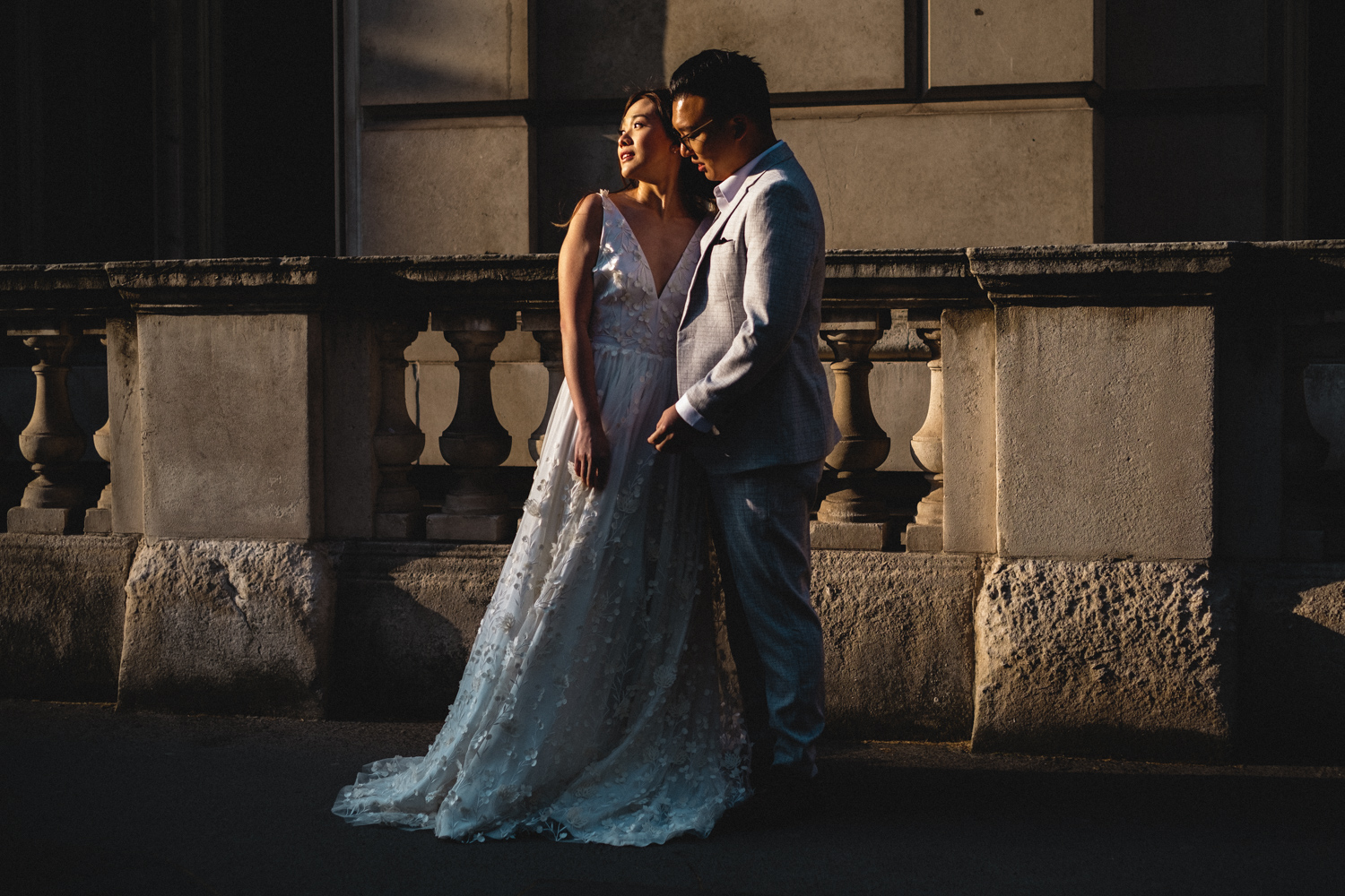 London pre-wedding photos - Horse Guards Avenue