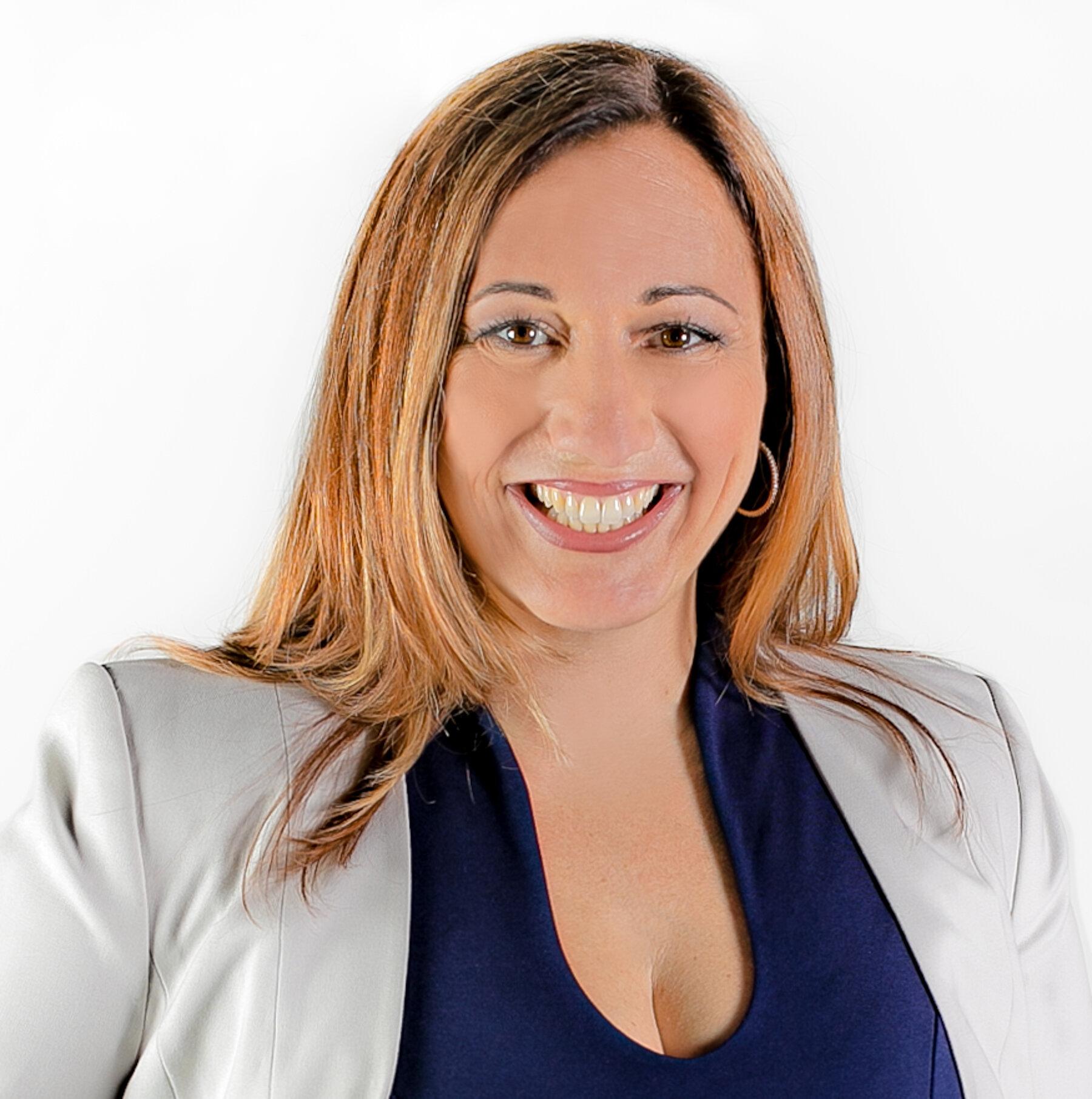 Luisa De Jesus, CHRP, CHRL